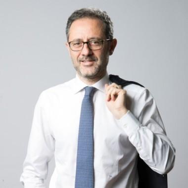 Federico Angrisano, management